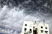 Architektur, Aussen, Außen, Farbe, Gebäude, Himmel, Horizontal, Stadt, Städte, Städtisch, Tageszeit, Wolke, Wolken, L55-317377, agefotostock