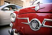 600, Antique, Auto, Automobile, Automobiles, Autos, Bodywork, Bodyworks, Bonnet, Car, Cars, Classic, Close up, Close-up, Closeup, Color, Colour, Daytime, Detail, Details, Exterior, Hood, Little, Motion, Movement, Moving, Old fashioned, Old-fashioned, Outd
