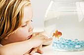 ion, Facial expressions, Female, Fish, Fishbowl, Fishbowls, Fishes, Girl, Girls, Headshot, Headshots