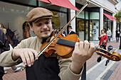 Violin player Dublín. Ireland.