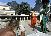 Holyman, Sadhu, Pashupatinath Hindu Temple, Katmandu, Nepal.