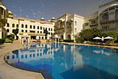 Swimming pool of the Taj Hari Mahal hotel, Jodhpur, Rajasthan, India