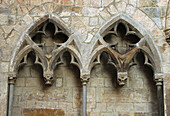 Arch, Arches, Architectural detail, Architectural details, Architecture, Art, Arts, Color, Colour, Daytime, Double, Exterior, Medieval, Outdoor, Outdoors, Outside, Sculpture, Stone, Traceries, Tracery, Wall, Walls, Window, Windows, World locations, N71-48