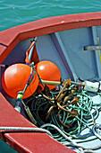 Anker, Außen, Boje, Bojen, Boot, Boote, Farbe, Meer, Menschenleer, Niemand, Seil, Seile, Tageszeit, Verrostet, Wasser, T11-531166, agefotostock