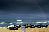 Europe, Germany, Mecklenburg-Western Pomerania, isle of Rügen, Baabe Seaside Resort, rowing boats on the beach
