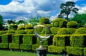Europe, England, Kent, Hever, Hever Castle, garden, sundial
