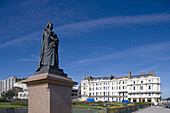 Hastings, Town center, Queen Victoria statue, East Sussex, UK