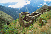 Phuyupatmarka, Inca trail. Peru