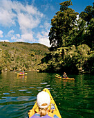 People in kayaks at Falls River Inlet, Abel Tasman National Park, North Coast, South Island, New Zealand