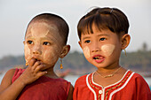 Two young burmese girls in Ngapali Beach, Gulf of Bengal, Rakhine State, Myanmar, Burma