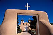 San Francisco de Asís Church built in 1815 by Franciscans, Ranchos de Taos. New Mexico, USA