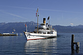 Pleasure boat arriving harbor, Ouchy, Lausanne, Canton of Vaud, Switzerland