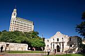 The Historic Alamo and the Medical Arts Building, San Antonio, Texas, USA, United States of America