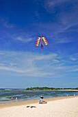 Kite vendor at the beach of Nusa Dua Beach Hotel, Nusa Dua, South Bali, Indonesia, Asia