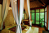 Deserted spa at Hotel Four Seasons at Sayan, Ubud, Central Bali, Indonesia, Asia