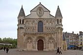 Notre Dame la Grande church, Western facade, Chemins de Saint-Jacques, Via Turonensis, Poitiers, Dept. Vienne, Région Poitou-Charentes, France, Europe