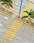 View at pedestrian crossing at the promenade Playa Villa del Mar, Veracruz, Veracruz province, Mexico, America