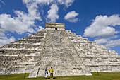 Pyramid of Kukulkan ( The Castle). Mayan ruins of Chichen Itza. Mayan Riviera. Yucatan Peninsula. Mexico