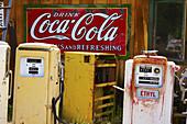 Antique, Coca cola, Color, Colour, Gas, Junk, New Mexico, Pump, Route 66, Rust, Sign, Usa, S19-656836, agefotostock