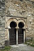 Mozarabic church (Xth century). Portico. Public interest from 1931. It was part of the monastery founded by San Genadio in the IXth century. Siglo IX. Peñalba de Santiago. Valle del Silencio. El Bierzo. Castilla-León. Spain.