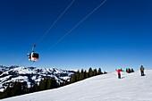 Saanersloch ropeway and slope, Saanenmoeser, Gstaad, Bernese Oberland, Canton of Berne, Switzerland