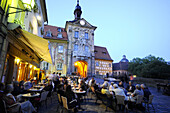 Guests in a pavement cafe near Old Townhall, Bamberg, Upper Franconia, Bavaria, Germany