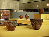 Vases. Museo de la Nación de Lima, Perú.