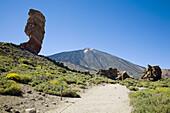 Roque Cinchado and Pico del Teide. Tenerife. Canary Islands. Spain.