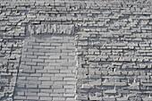 Aussen, Detail, Details, Draussen, Farbe, Horizontal, Mauer, Maurerarbeit, Niemand, Tag, Wand, Weiß, Ziegel, M01-761480, agefotostock