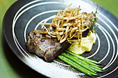 Close up, Close-up, Closeup, Color, Colour, Cooked, Cuisine, Dish, Dishes, Food, Foodstuff, Gastronomy, indoor, indoors, interior, Meat, Nourishment, Still life, N86-744213, agefotostock