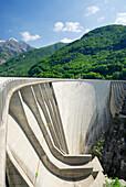 Dam at lake Vogorno with Piz di Vogorno, water power plant, Gordola, valley of Verzasca, Valle Vertasca, Ticino, Switzerland