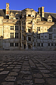 Palace of Blois, the royal stair in Renaissance style, built in the 16 th. century by François 1° king of France and the architect J. Sourdeau, on the list of World Cultural Heritage sites of UNESCO, Loir et Cher province, France