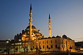 Yeni Mosque Golden Horn Istanbul Turkey