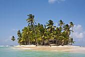 PANAMA, Kuna Yala, San Blas Islands, Green Island