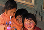 Chinese children in the mountain village at Doi Ang Khang, Golden Triangle, Thailand, Asia