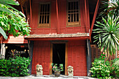 Wooden house in rural Thai style, Jim Thompson House, Museum, Bangkok, Thailand, Asia