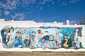 Wall of Fame, graffiti showing great stars of blues in Leland, Mississippi, USA