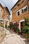 Idyllic alley at Fornalutx, Mallorca, Balearic Islands, Spain, Europe