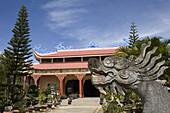 Aussenaufnahme der Thien Van Hanh Pagode in Dalat, Provinz Lam Dong, Vietnam, Asien
