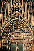 The Central Door, Surrounded By Statues Of The Prophets, Has As Its Theme The Passion Of Christ. Scenes From The Old And New Testament Are Represented On The Arches, Strasbourg Cathedral, Strasbourg, Bas-Rhin (67), Alsace, France
