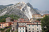 Village Of Torano, Traditionally Inhabited By Marble Sculptors, In Front Of The White Marble Quarries Of Carrara, Torano Valley, World Marble Capital, Carrara, Tuscany, Italy
