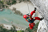 Firefighters In Action For Cliff Rescue In The Gorges Of The Verdon With The Search And Intervention In Dangerous Places Group Of The Var Fire Department, Les Cavaliers (83)