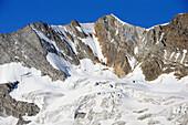 Mount Hochfeiler with north face, Zillertal Alps, Zillertal, Tyrol, Austria