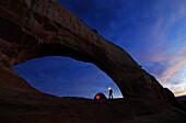 Camping, Wilson Arch, Moab, Utah, USA