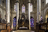 Interior view with altar, Heilig Kreuz Münster in Schwäbisch Gmünd, Baden-Württemberg, Germany, Europe
