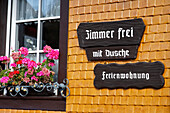 Holiday apartment with a room free sign, Bernau im Schwarzwald, Baden-Wurttemberg, Germany