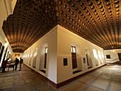 Claustro. Convento de San Antonio de Padua. Segovia. Castilla y León. España.
