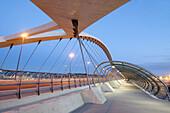 Puente del Tercer Milenio (Juan Jose´ Arenas); Exposicio´n internacional sobre Agua y Desarrollo sostenible; Expo Zaragoza 2008; Zaragoza; Arago´n; Espan~a