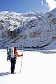 Backpack, Backpacker, Chaddar, Frozen, Hiking, Himalaya, Himalayas, Ice, India, Jammu, Kashmir, Ladakh, Mattress, Open, Remote, River, Sled, Snow, Stick, Trek, Trekker, Trekking, Tschadar, Water, Wide, Winter, Zanskar, T91-811146, agefotostock