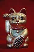 Chinese ´good luck´ cat little statue